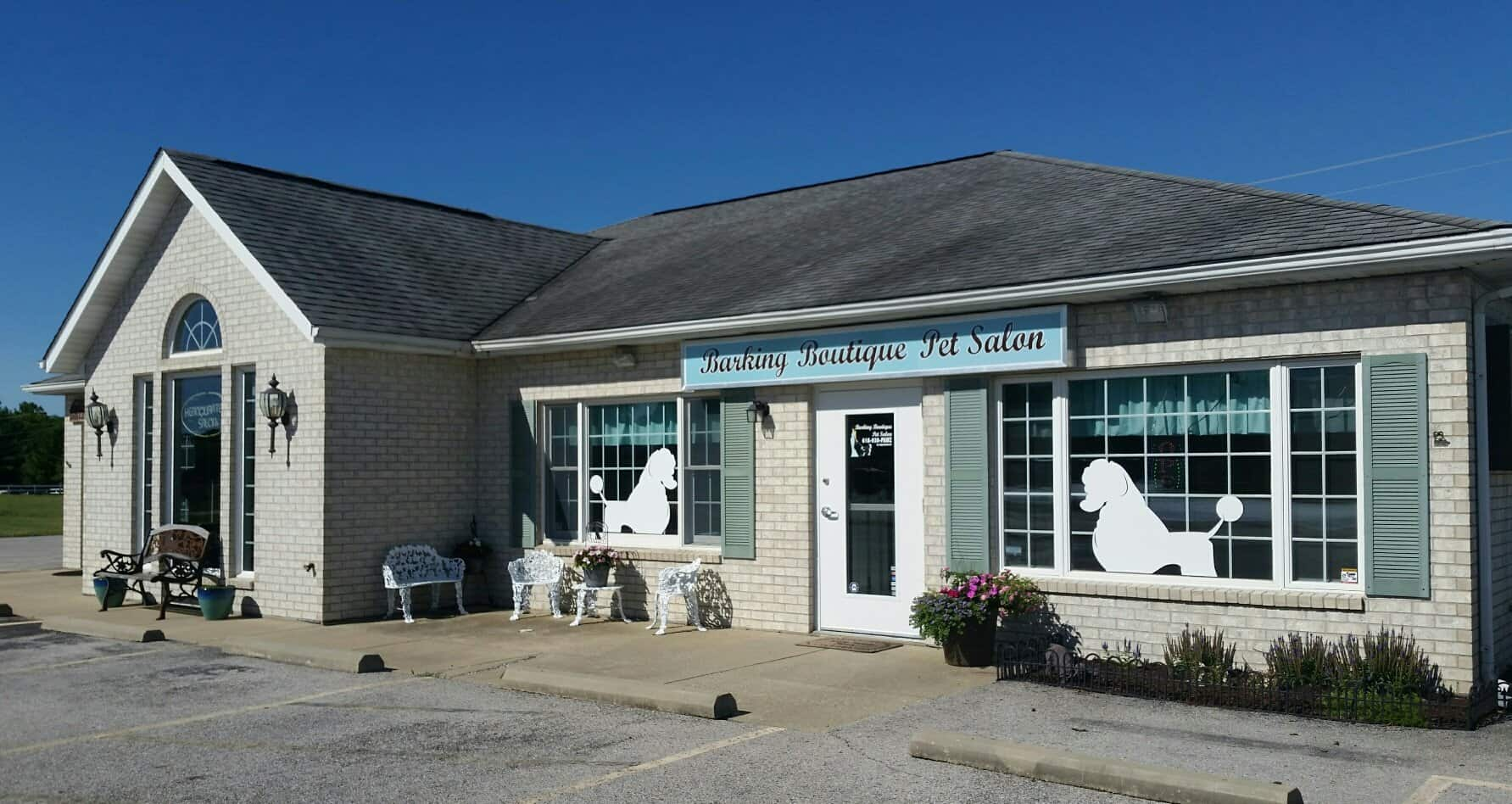 Barking Boutique Pet Salon Waterloo, Il